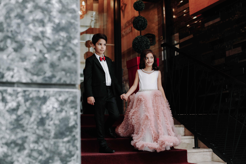 Svečana odela za dečake i haljine za devojčice